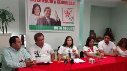 """Lourdes Flores: """"democracia en el Perú no está en peligro"""""""