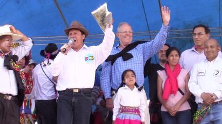 Huancayo: candidatos defienden a Kuczynski y culpan a Vila