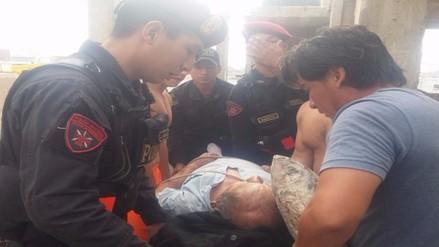 Radio Patrulla rescató a anciano que cayó desde el tercer piso de su casa