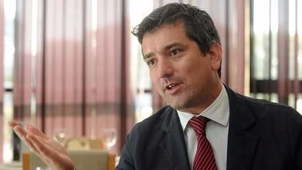 """Santiago Roncagliolo a BBC: """"Estas elecciones están endiabladas"""""""