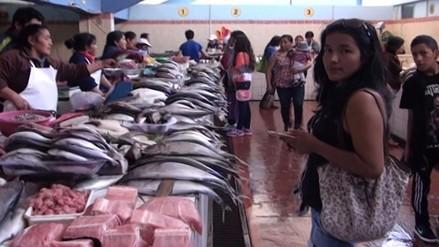 Costo de pescado en mercados sufre ligero incremento por Semana Santa