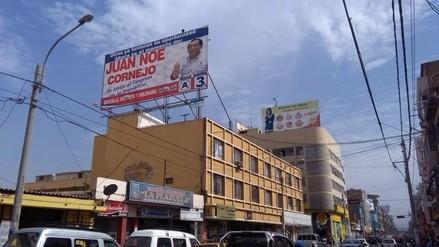 Cuestionan panel de Noé Cornejo en edificio de beneficencia de Chiclayo