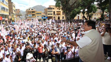 Alan García realiza campaña en la ciudad de Huánuco