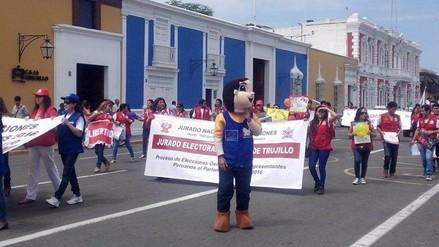 Trujillo: pasacalle por Elecciones Generales 2016