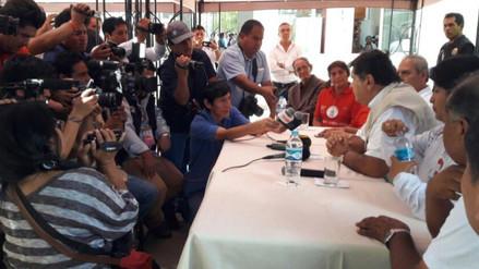 Alan García realiza campaña proselitista en Ayacucho