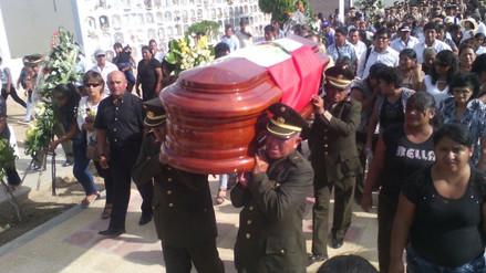Sepultan restos de militar lambayecano fallecido en accidente
