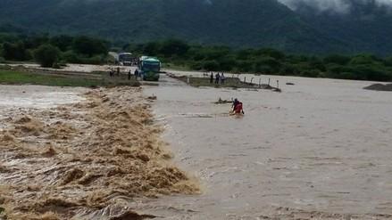 Fuertes lluvias incrementaron el caudal de los ríos en Piura