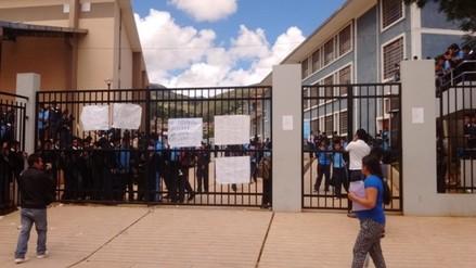 Alumnos de colegio San Ramón exigen condiciones para Jornada Escolar Completa