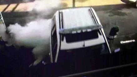 Cámaras de seguridad captan choque de patrullero contra surtidor de gas