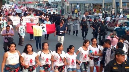 Pobladores se movilizan en rechazo al Autogolpe del 5 de abril