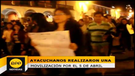 Colectivo marchó por las principales calles conmemorando el 5 de abril