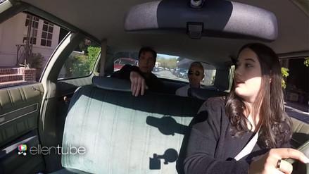 YouTube: Ellen DeGeneres le enseña a estacionarse a la hija de John Travolta