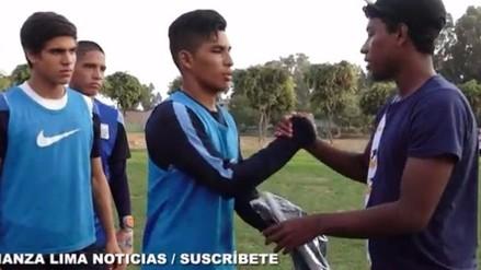 Alianza Lima: Miguel Araujo llevó regalos a jóvenes de la categoría 2000