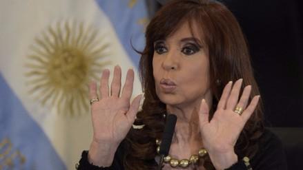 Fiscal pide investigar a Cristina Fernández por presunto lavado de dinero