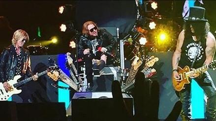Twitter: Axl Rose se fracturó pie en primer show de Guns N' Roses