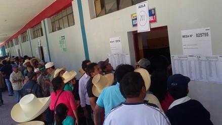 Otuzco: malestar en votantes por no encontrar su nombre en padrón