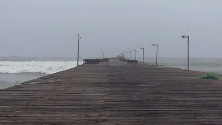 Lambayeque: Cierran puertos y caletas por oleajes anómalos