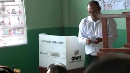 Detienen a requisitoriados tras salir de locales de votación