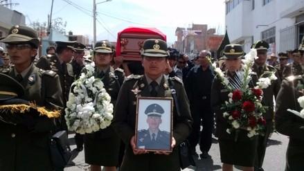 Despiden a militar arequipeño muerto en emboscada terrorista en el Vraem