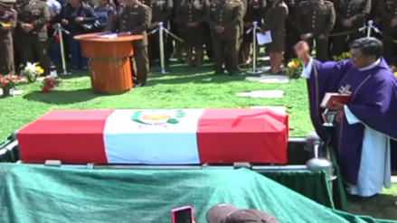 Sepultan restos de militar que sufrió ataque terrorista en el Vraem