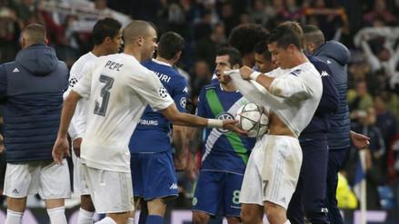 Cristiano Ronaldo: ¿qué le escribieron sus compañeros en el balón?