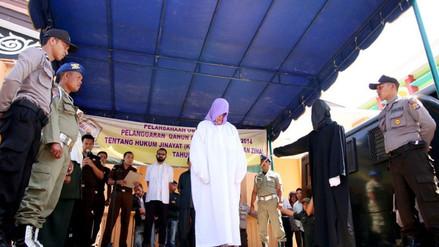 Indonesia: mujer cristiana es azotada en público por vender alcohol