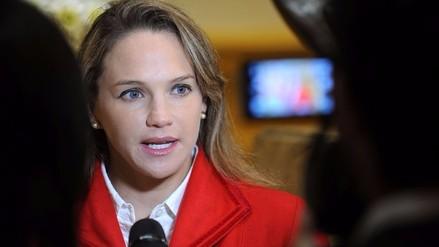 Luciana León pide renuncia de alta dirigencia del Apra
