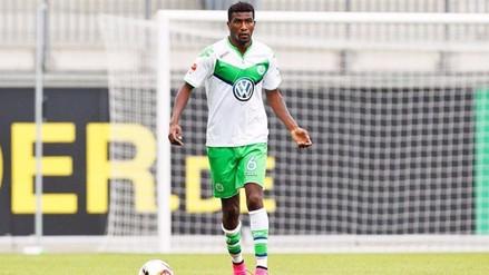 Wolfsburgo: Carlos Ascues se lesionó cuando se perfilaba como titular