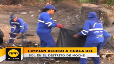 Moche: realizan limpieza de acceso a Huaca del Sol