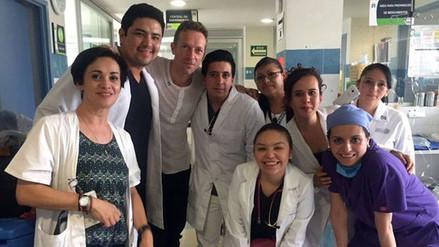 Twitter: Coldplay visitó a niños en hospital de México