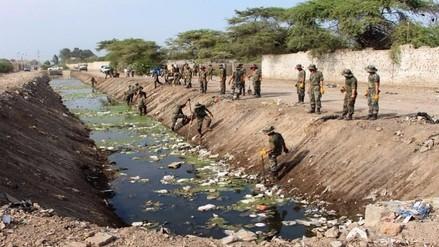 Tropas del Ejército apoyaron labores de descolmatación del dren 4.000 en Lambayeque