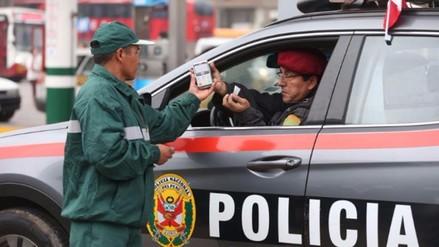 Remueven a jefe de SUAT y detienen a dos policías por robo de combustible