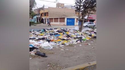 Comas: basura y piscina municipal afectan salud de pobladores