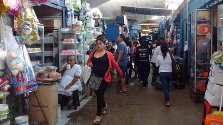 Dueños de tiendas del Mercado Modelo piden 80 millones de soles