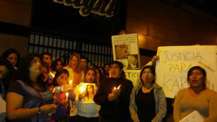 Chiclayo: familiares y amigos realizaron vigilia en apoyo a joven agredida