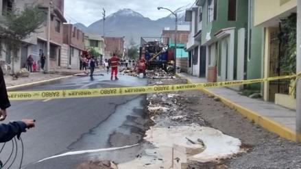 Incendio de camión ocasionó derrame de ácido en Arequipa