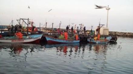 Paita: familiares de tripulantes desaparecidos solicitan acelerar búsqueda