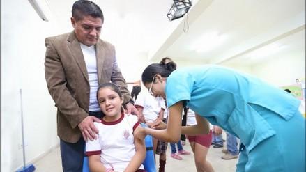 """""""Vacuna contra el papiloma puede salvar la vida de su hija"""""""