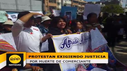 Huancayo: protestan por muerte de comerciante golpeado por municipales