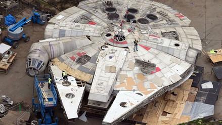 Star Wars: Filtran imágenes del Millenium Falcon en Episodio VIII [FOTOS]