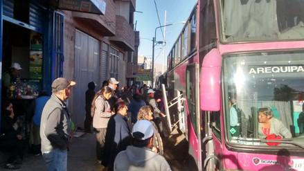Transportistas y fieles parten con destino al Santuario de Chapi
