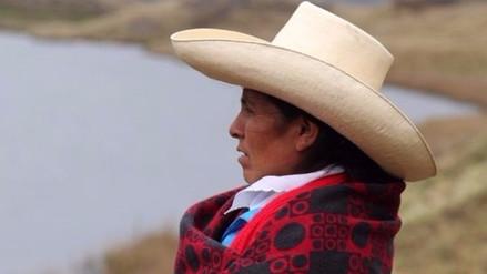 Campesinos desmienten ataque a casa de Máxima Acuña