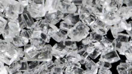 Crean azúcar más dulce que permitirá reducir su uso a la mitad