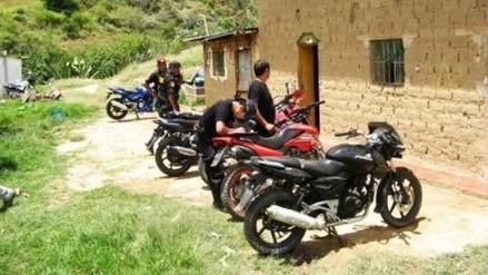 Detienen a menores de edad dedicados al robo de motos lineales