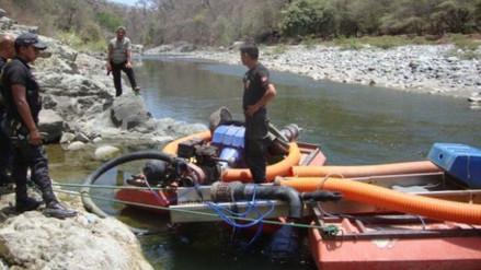 Policía destruyó dragas en la provincia de San Ignacio
