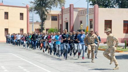 Jóvenes del servicio militar voluntario podrán estudiar becados