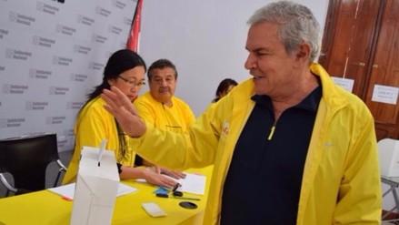 Acusan a Luis Castañeda de estar tras ataques contra regidores Núñez y Rey