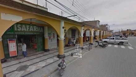 Pacasmayo: asaltan farmacia en plena plaza mayor de Guadalupe