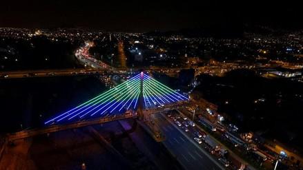 (Video) Puente Rayitos de Sol: así luce con nueva iluminaria arquitectónica