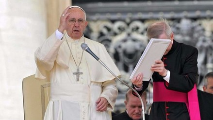 """Papa Francisco: """"La tasa de desempleo juvenil es un escándalo"""""""
